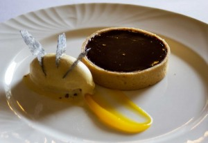 chocolate tart and cinnamon ice cream
