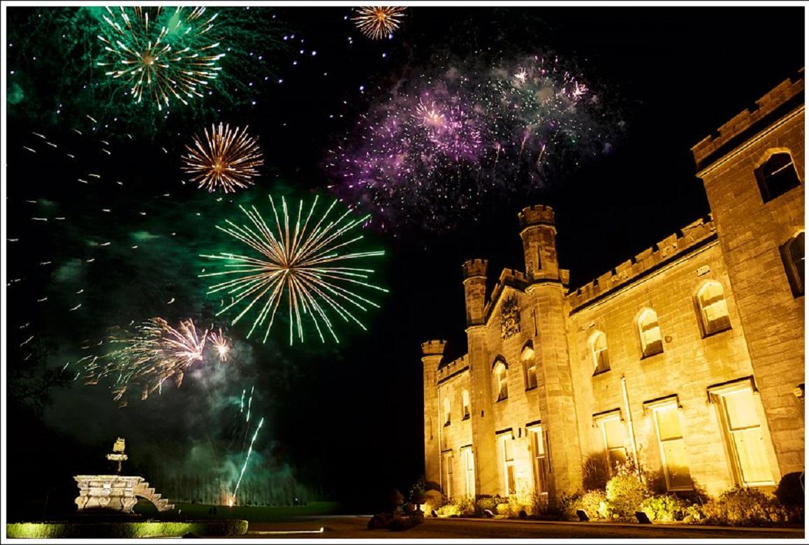 Dundas Castle 21CC Fireworks Rankine Photography