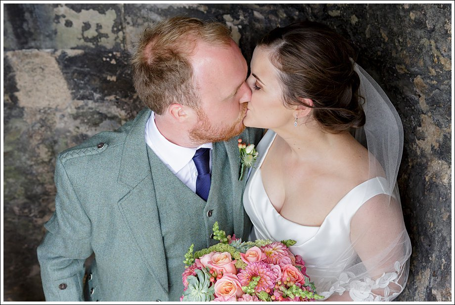 Real wedding Dundas Castle Emma Tom Rankine Photography