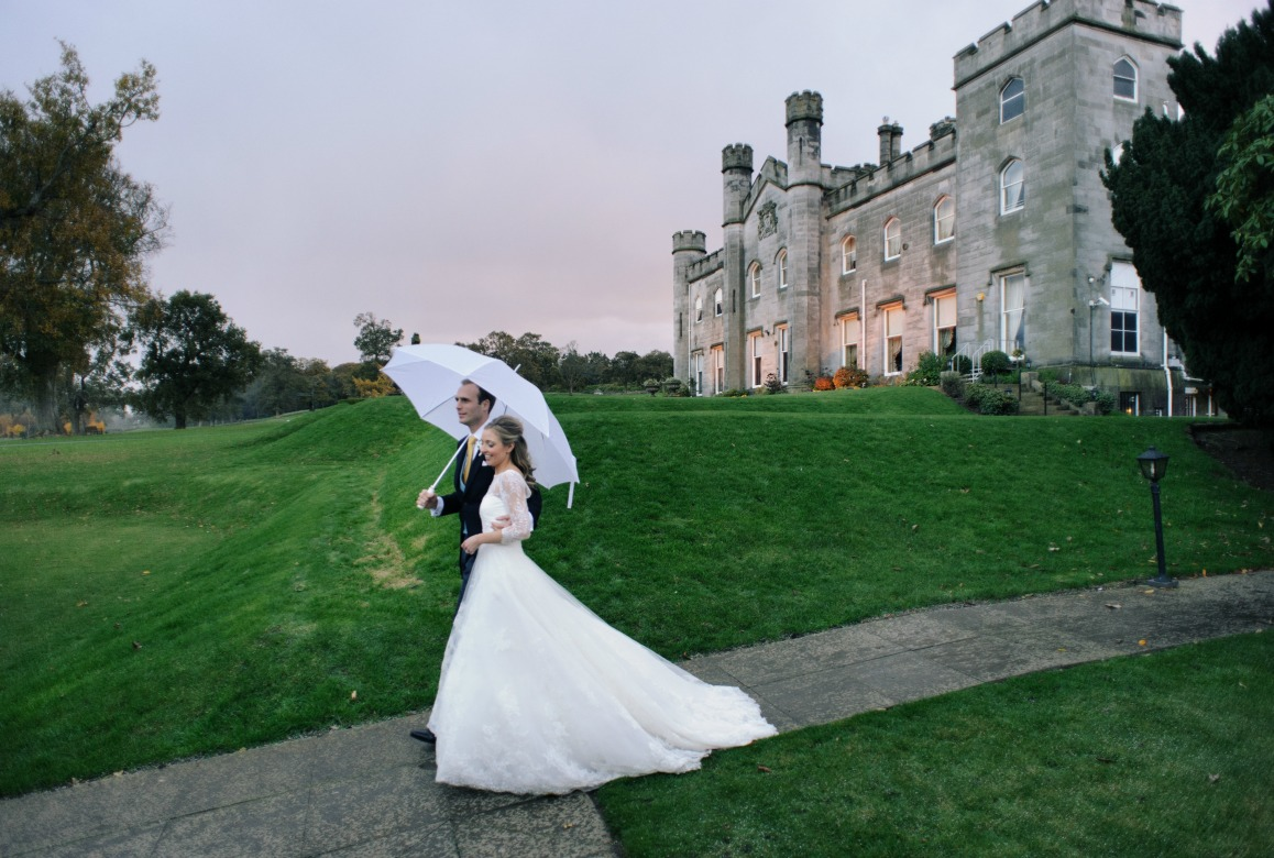 Siobhan John Dundas Castle